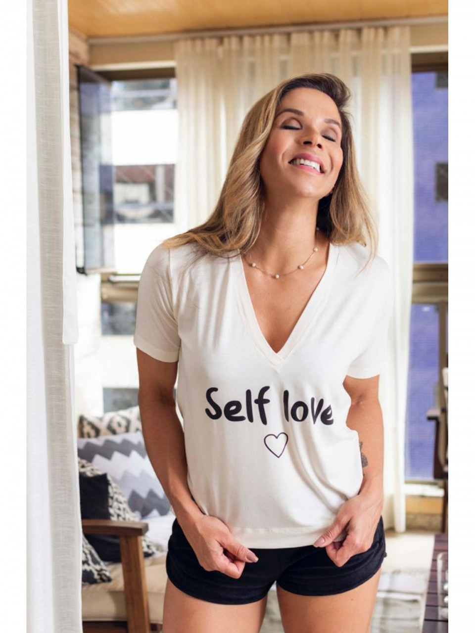 T-SHIRT MALHA SELF LOVE